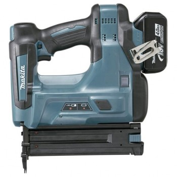 Clavadora 18V Litio 3,0Ah 1,2Mm 2 Bat. Makita DBN500RFE