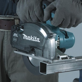Cortador de Metal con Depósito 150mm 18V LXT DCS553ZJ MAKITA